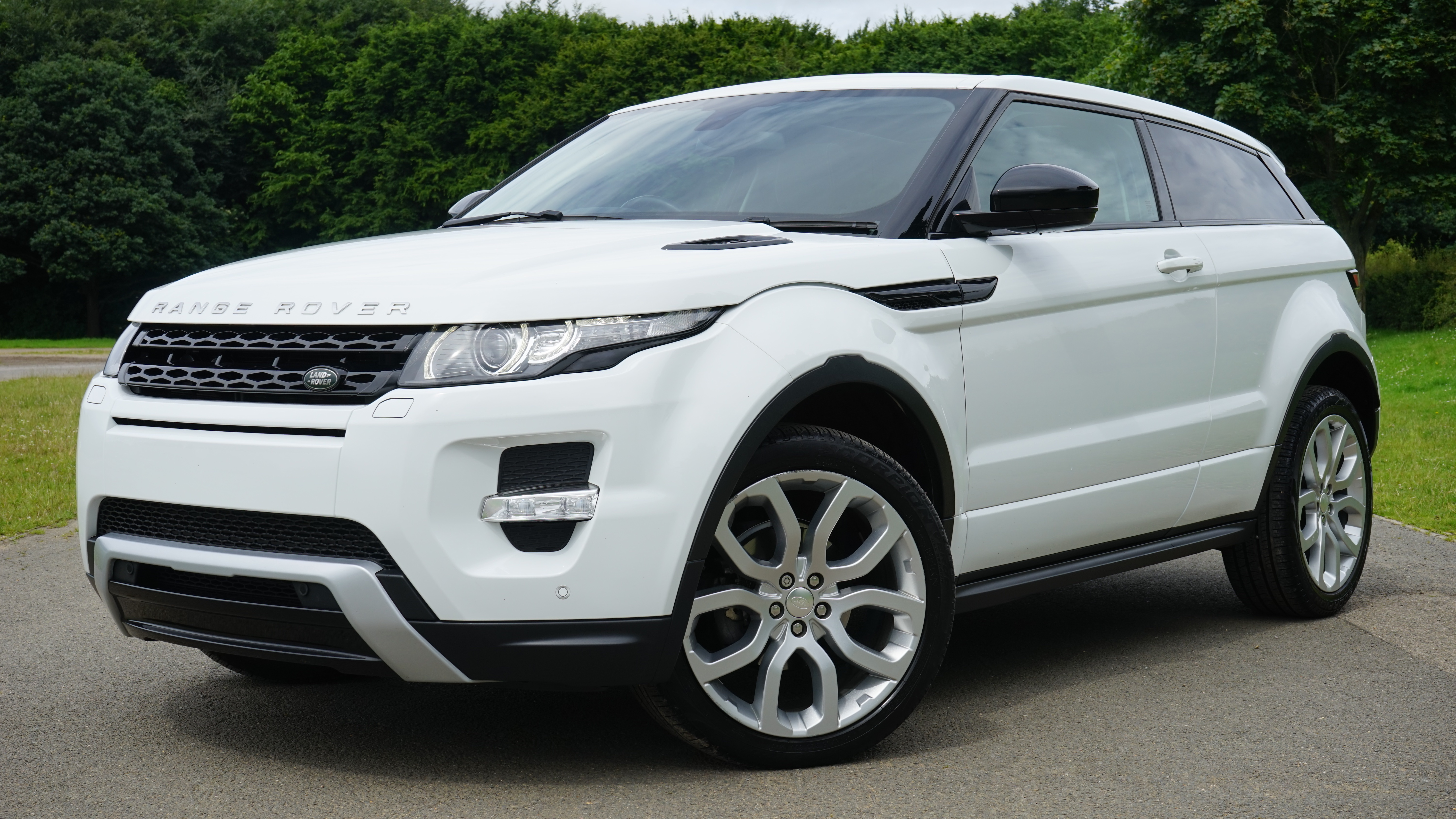 Main image for post: Matt Kay's Car of the Month… The Range Rover Evoque